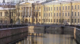 Canals and Neva Cruises in St Petersburg